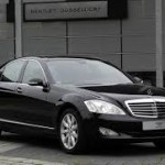 Get To Your Niagara Wine Tasting in a Mercedes S-Class Limo