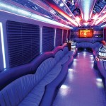 5 Reasons to Book a Limousine Bus for Prom