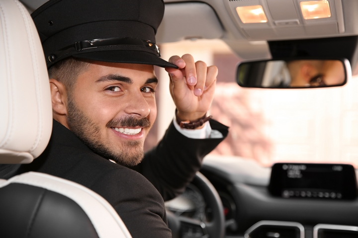 To ease your car travel anxiety, the driver should be friendly and professional.